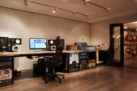 Studio_2_0122